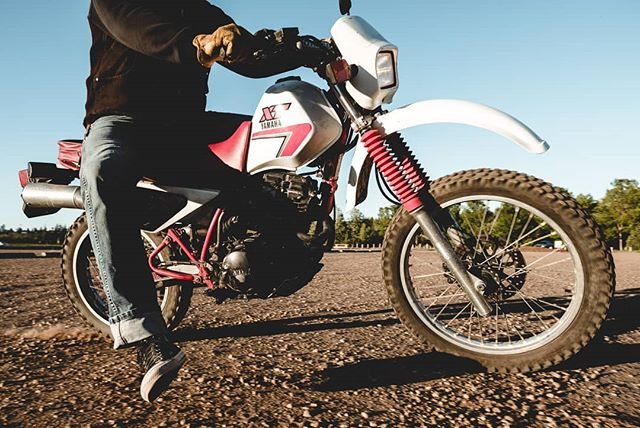 Coming into the weekend hot!   www.redlinephoto.ca   #yegmoto #yegphotographer #yegmotorcycle #motosocial #motosocialedmonton #dualsport #brap #yeglifestylephotographer #yegcommercialphotographer #yamahaxt350