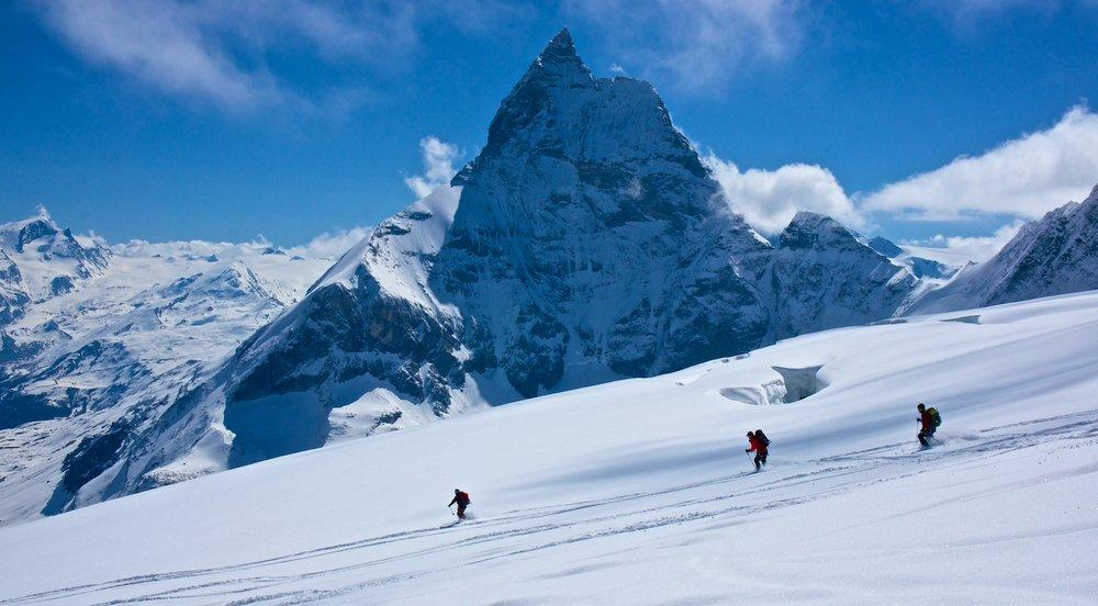 Ski descent into Zermatt passing by the Matterhorn
