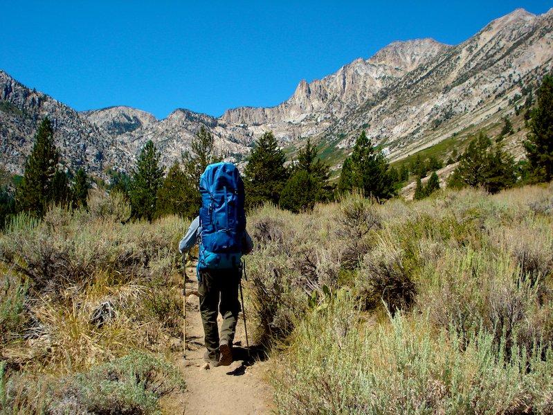 Hiking along Robinson Creek