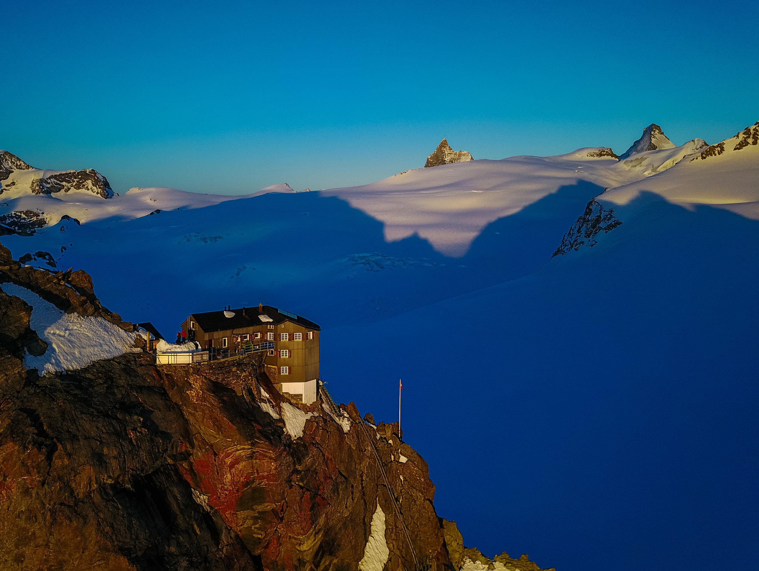 Alpenglow on the Bertol Hut