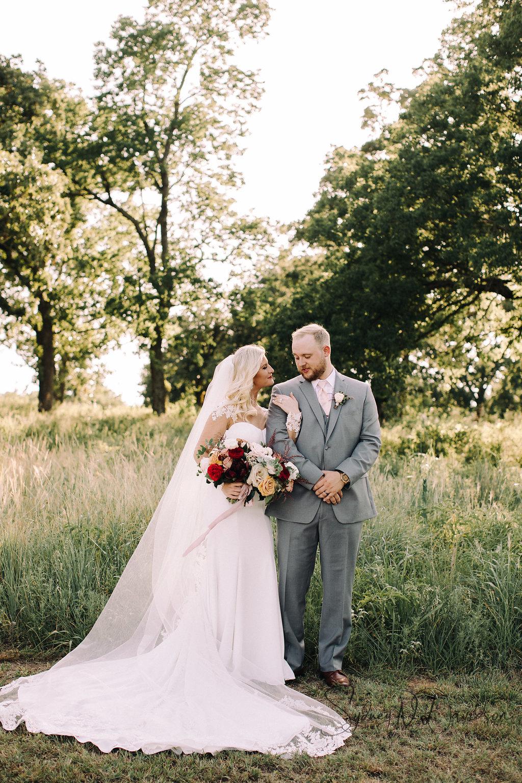 sydney-davidson-wedding-stillwater-oklahoma-wedding-session-traveling-photographer-portrait-tulsa-oklahoma-3458.jpg
