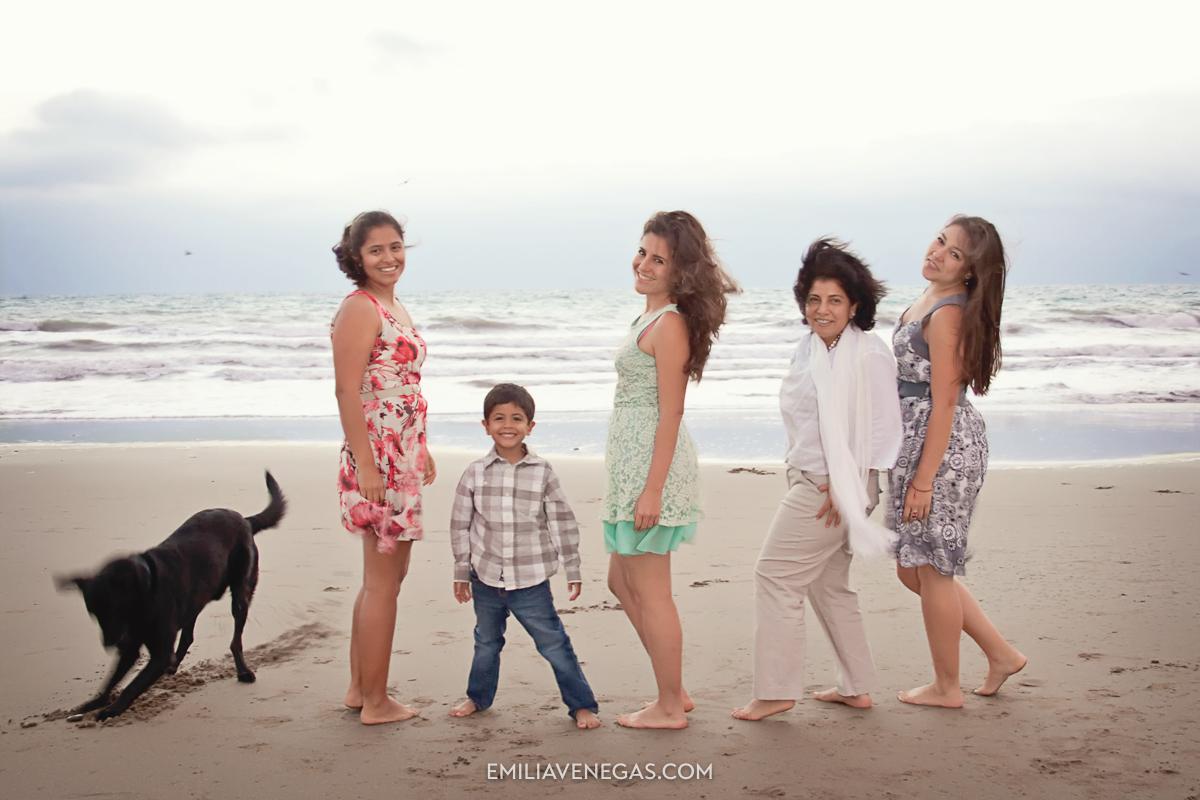 fotografia-familias-playa-portoviejo-12.jpg