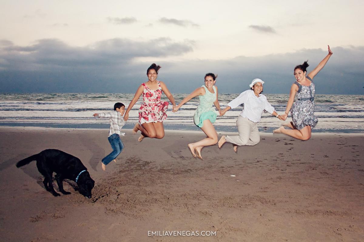 fotografia-familias-playa-portoviejo-13.jpg