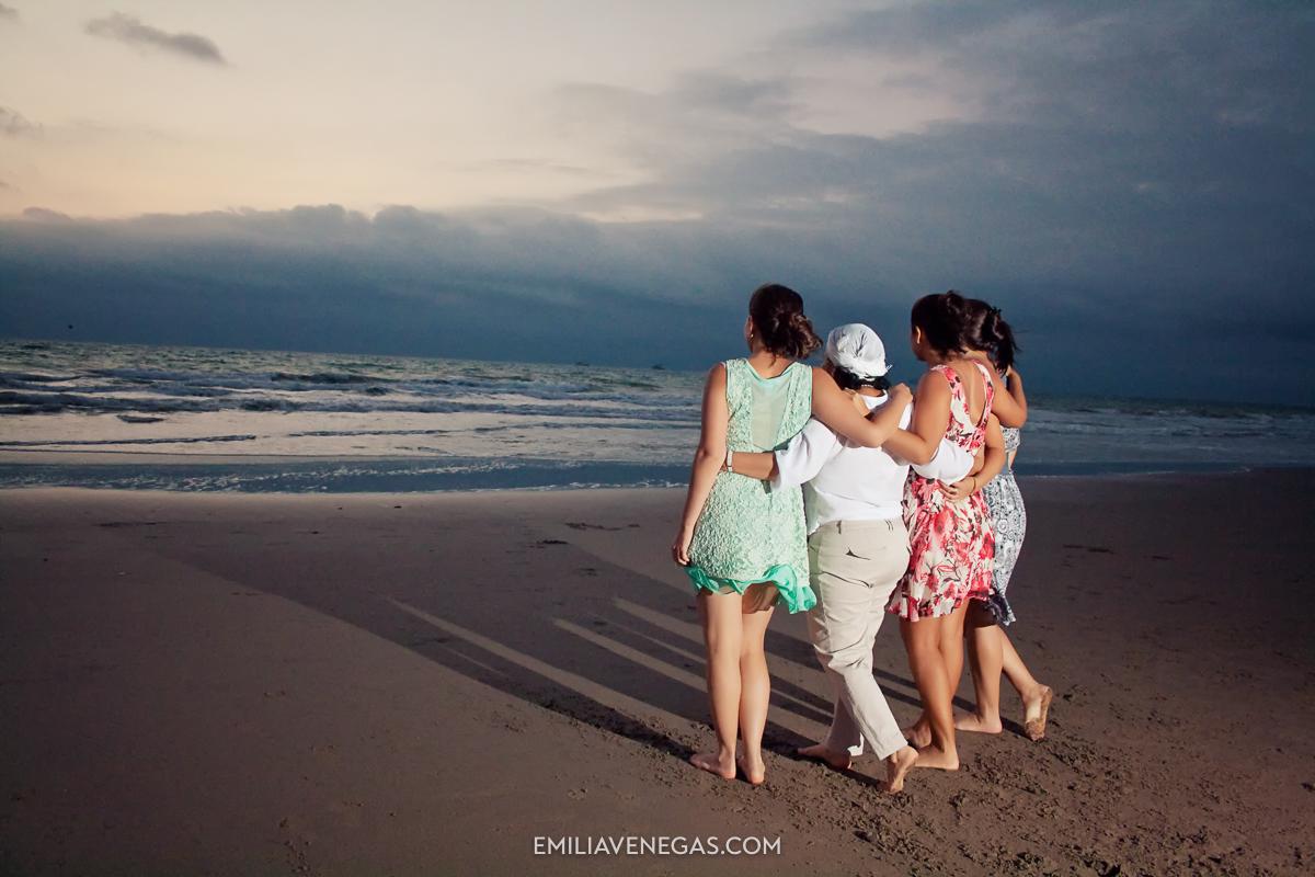 fotografia-familias-playa-portoviejo-14.jpg