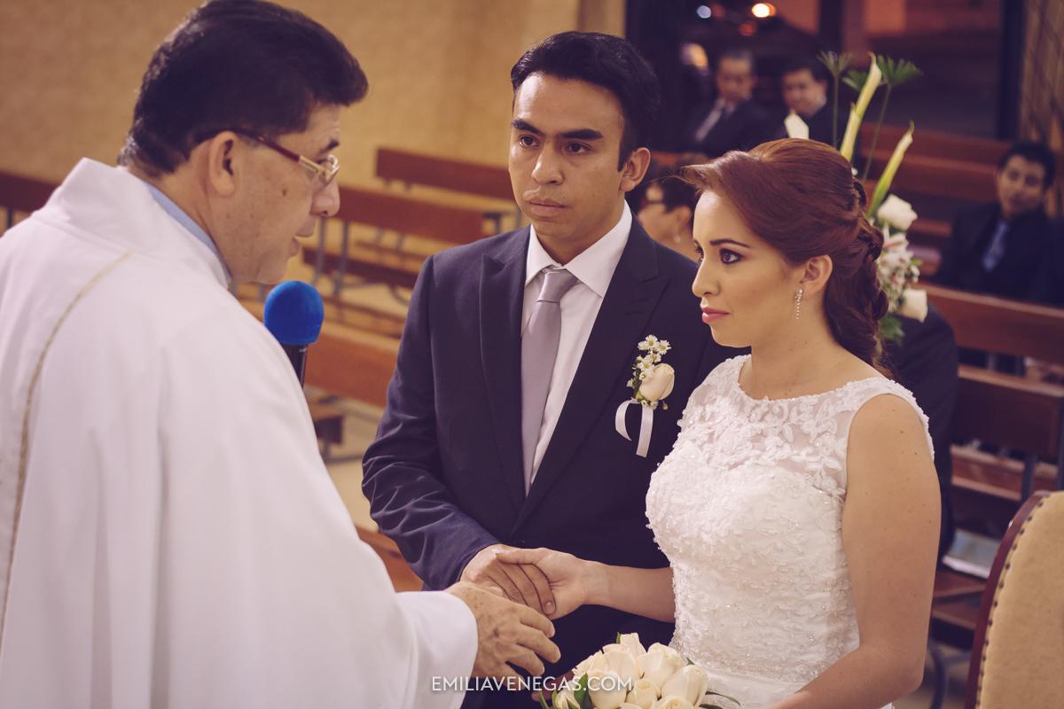 fotografia-de-bodas-weddings-Portoviejo-13.jpg