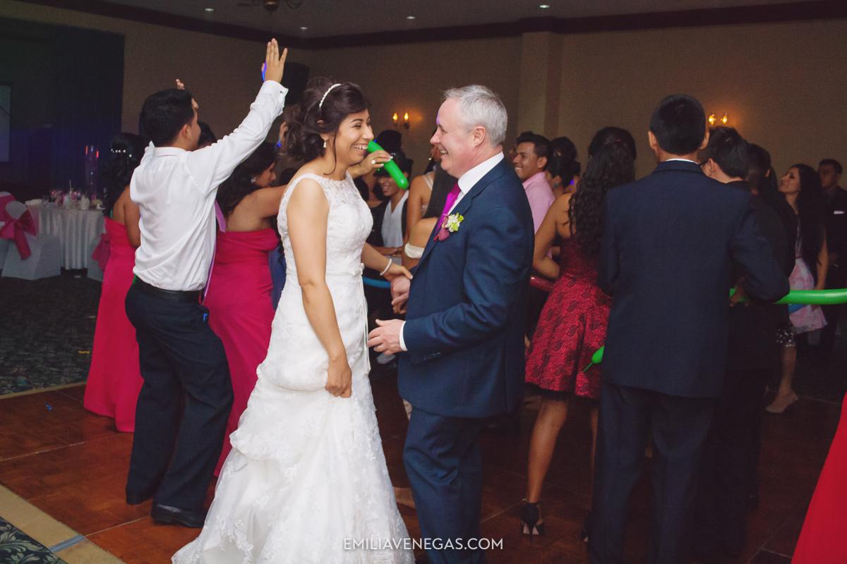 fotografia-de-bodas-weddings-Manta-Hotel-Oro-Verde-43.jpg