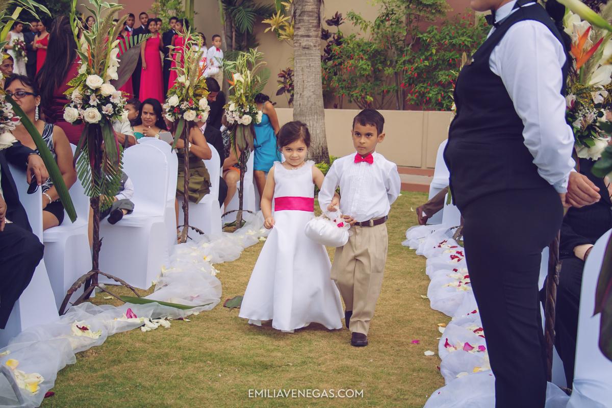 fotografia-de-bodas-weddings-Manta-Hotel-Oro-Verde-10.jpg