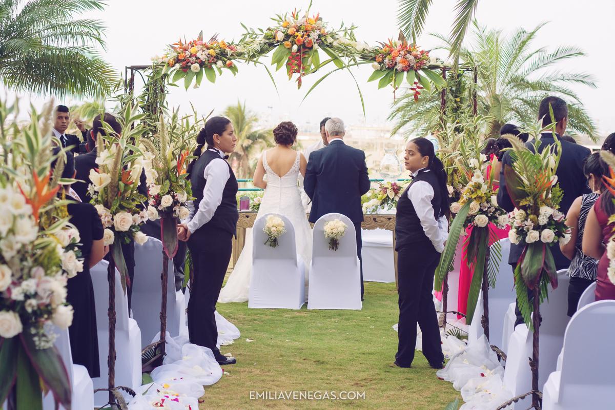 fotografia-de-bodas-weddings-Manta-Hotel-Oro-Verde-14.jpg