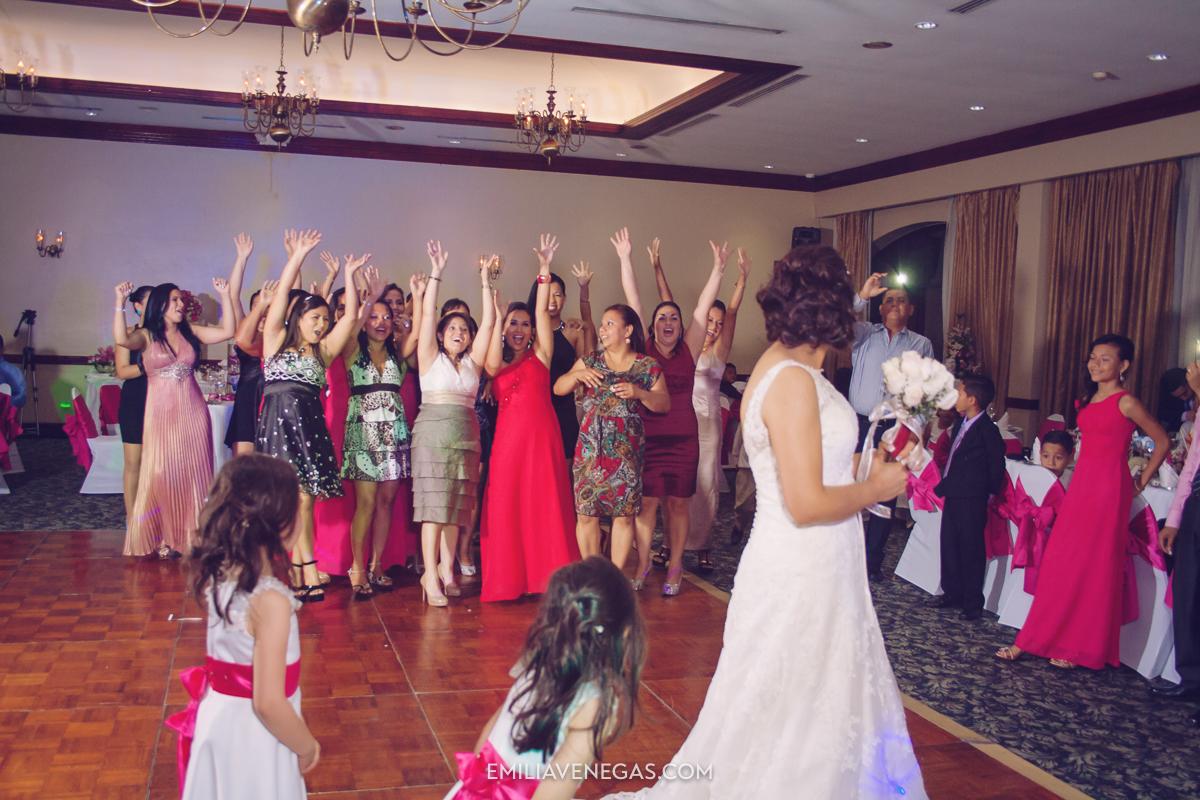 fotografia-de-bodas-weddings-Manta-Hotel-Oro-Verde-39.jpg