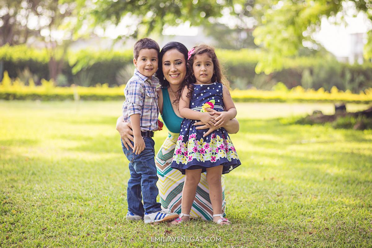 fotografia-familiar-niños-Portoviejo----2.jpg