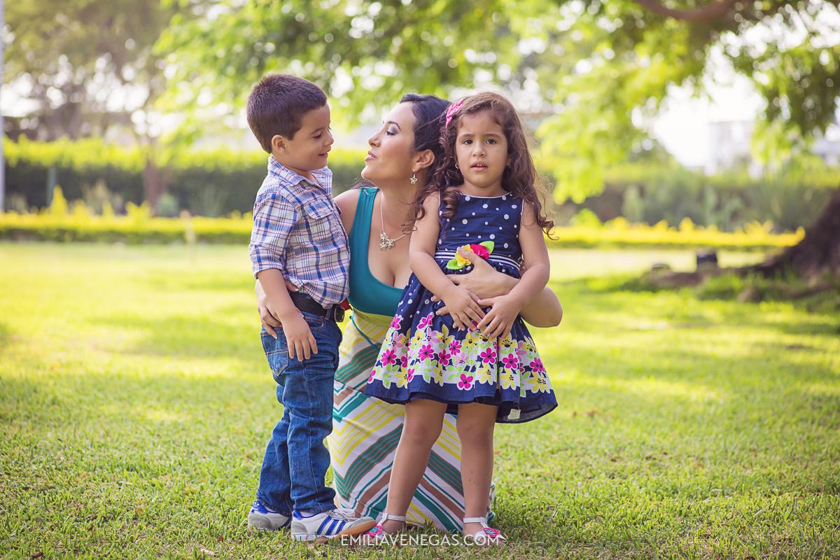 fotografia-familiar-niños-Portoviejo----3.jpg