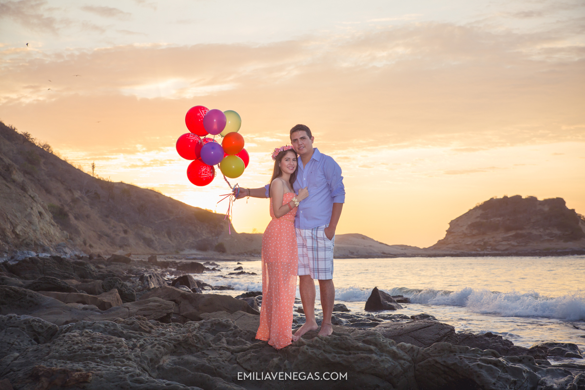 fotografia-parejas-novios-Playa-Tiñosa-Manabi-8.jpg