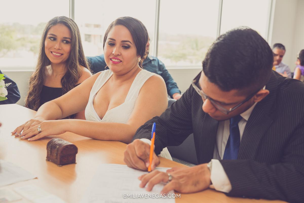 fotografia-bodas-matrimonio-civil-Portoviejo-9.jpg