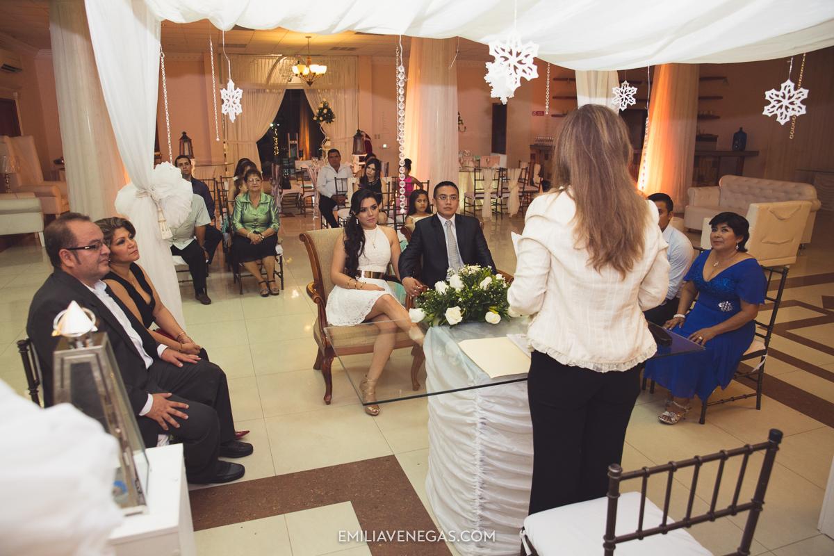 fotografia--matrimonio-civil-bodaparejas-novios-Portoviejo-5.jpg