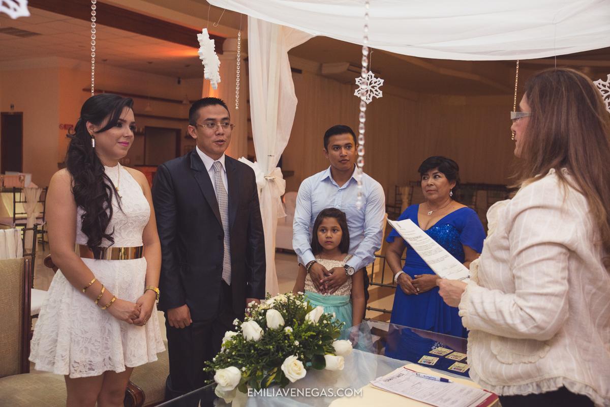 fotografia--matrimonio-civil-bodaparejas-novios-Portoviejo-9.jpg