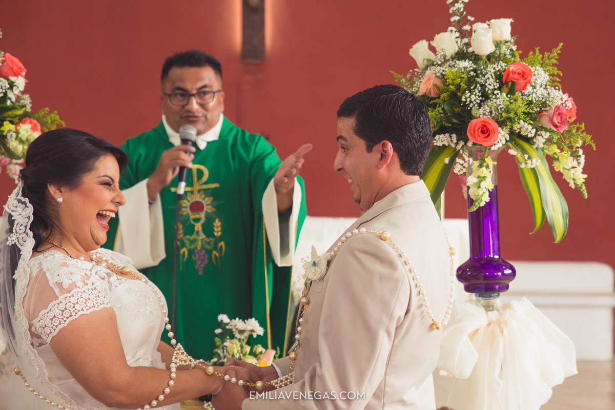 fotografia--matrimonio-civil-bodaparejas-novios-Portoviejo-25.jpg