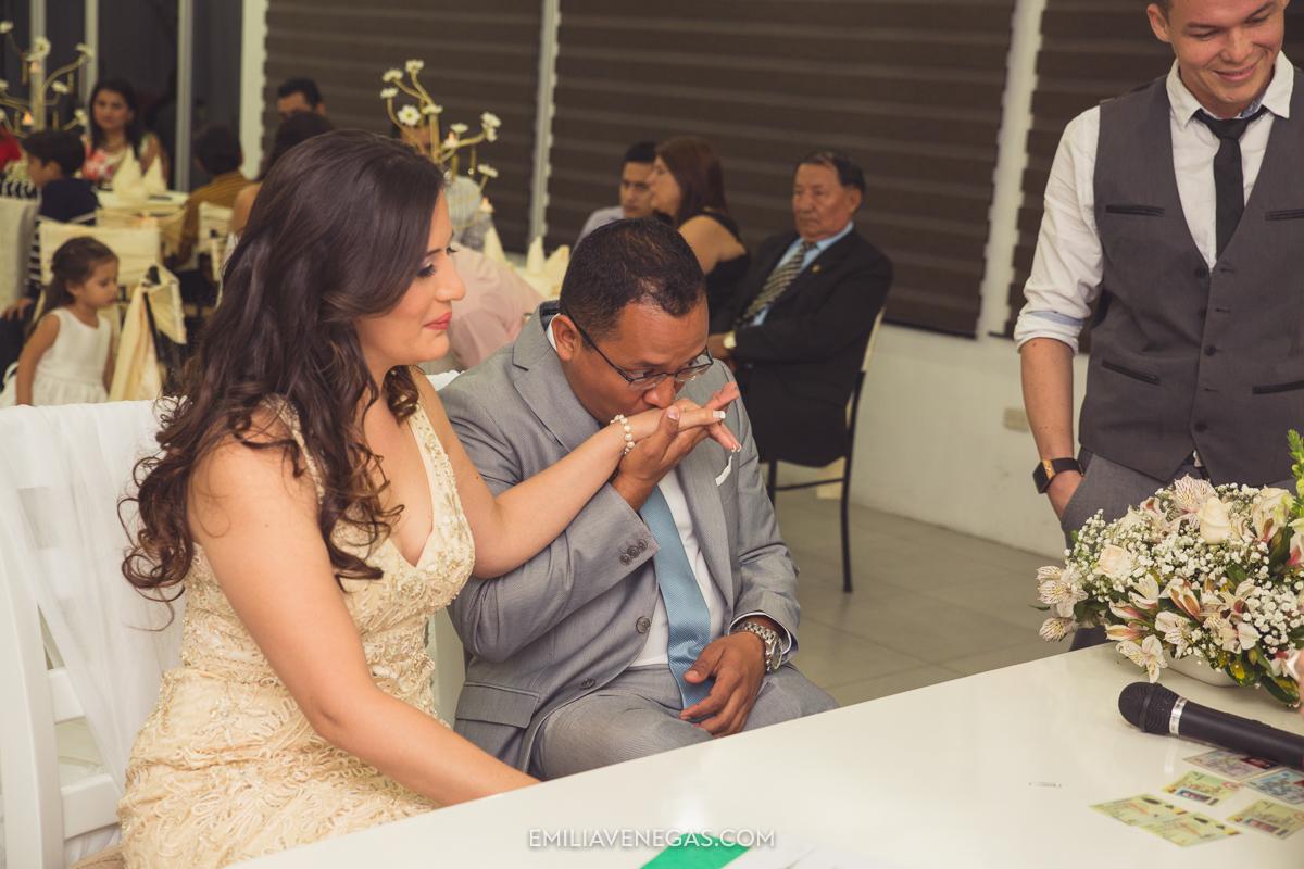 fotografia-pareja-novios-boda-civil-Portoviejo-Manabi-9.jpg