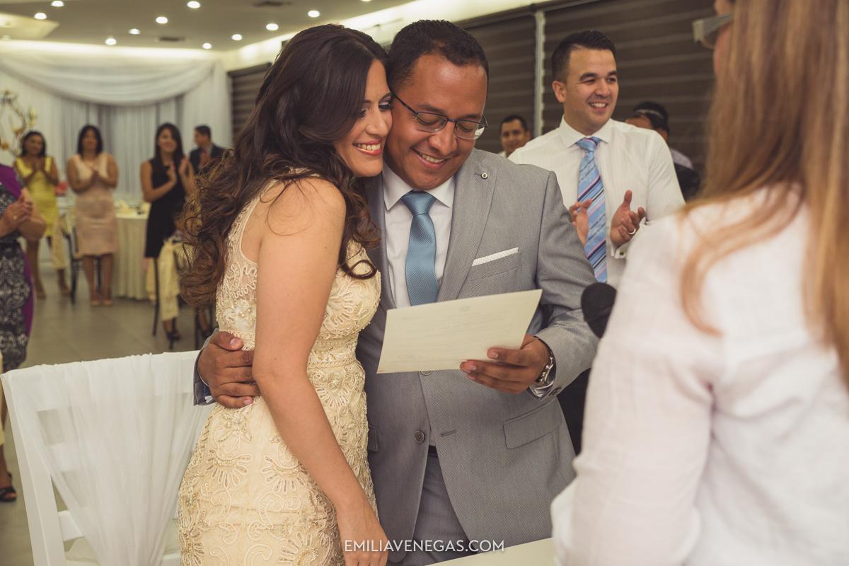 fotografia-pareja-novios-boda-civil-Portoviejo-Manabi-10.jpg