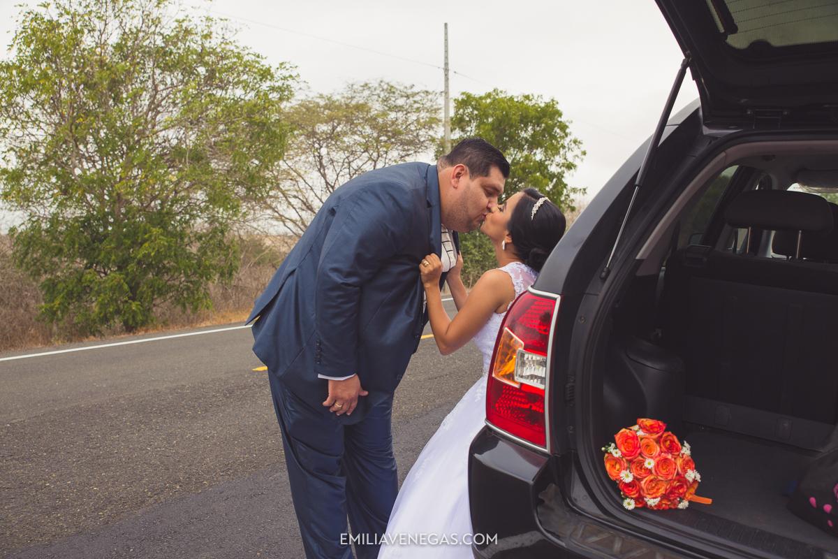 fotografia-boda-playa-parejas-novios-Portoviejo-Manabi-3.jpg