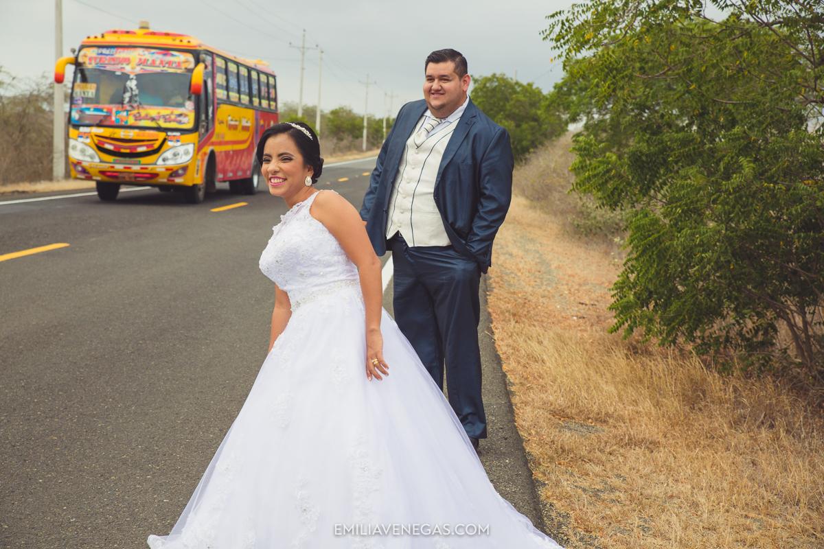 fotografia-boda-playa-parejas-novios-Portoviejo-Manabi-4.jpg