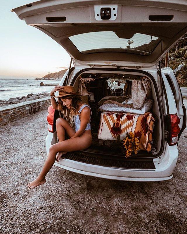 A little more comfortable with the same message, I'm happy. 📸 @briandaoo . . . .  #mountaingirls #mountainstories  #travel #instatravel #travelgram #magicalplaces #instago #passportready #travelblogger #wanderlust #ilovetravel #folkmagazine#instatravelling #instagram #travelblogger#sonya7iii #postcardsfromtheworld #traveldeeper#traveling #trip #womenwhoexplore #mountaingirls #traveltheworld #igtravel #vanlife #minivanlife #travelinglife #girlsinvans #babesinnature #awakethsoul  #instagram #balibody
