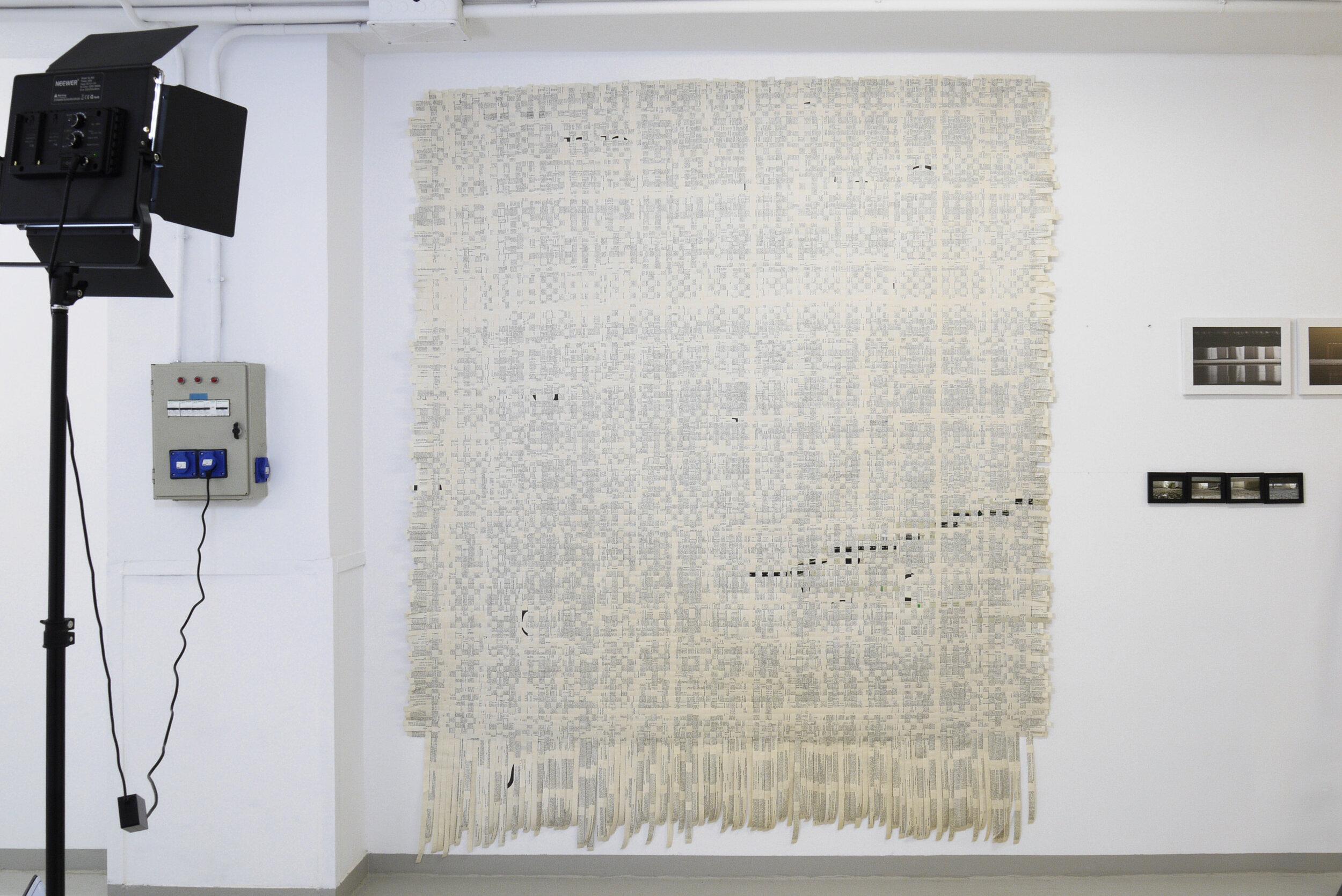 """Elisa Terroba, """"Ulysses"""", 2014. Técnica mixta. Libro de artista. (Tejido de ligamento tafetán montado sobre entretela). 245x215 cm"""