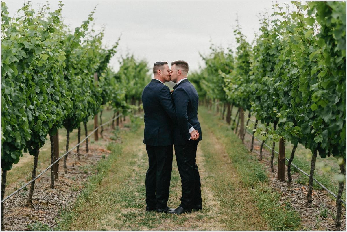 same sex wedding photography mitchelton wines_0017.jpg