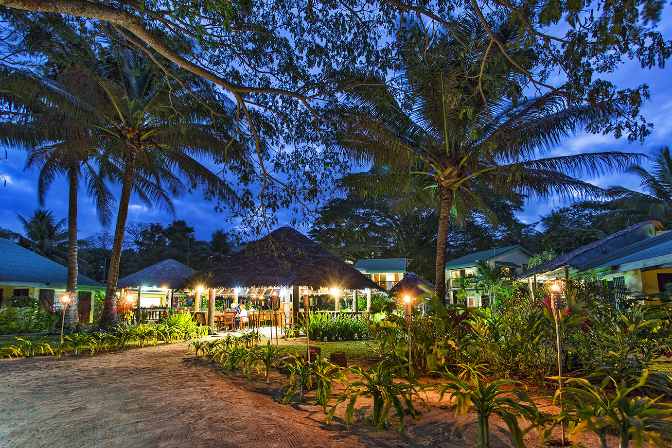 Poppys cafe at night and grounds.jpg