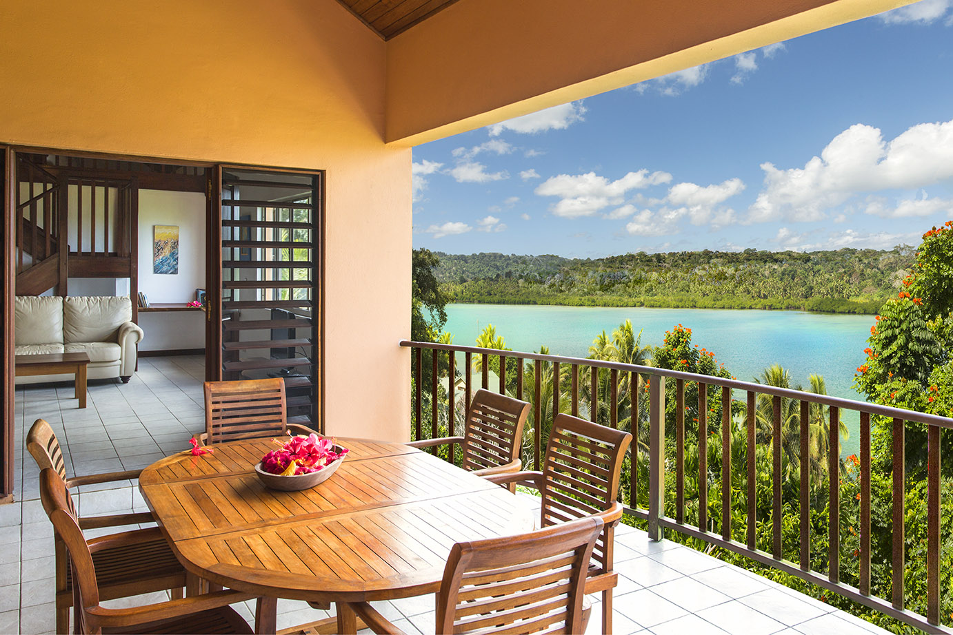 3bed lagoon view apart balcony2.jpg