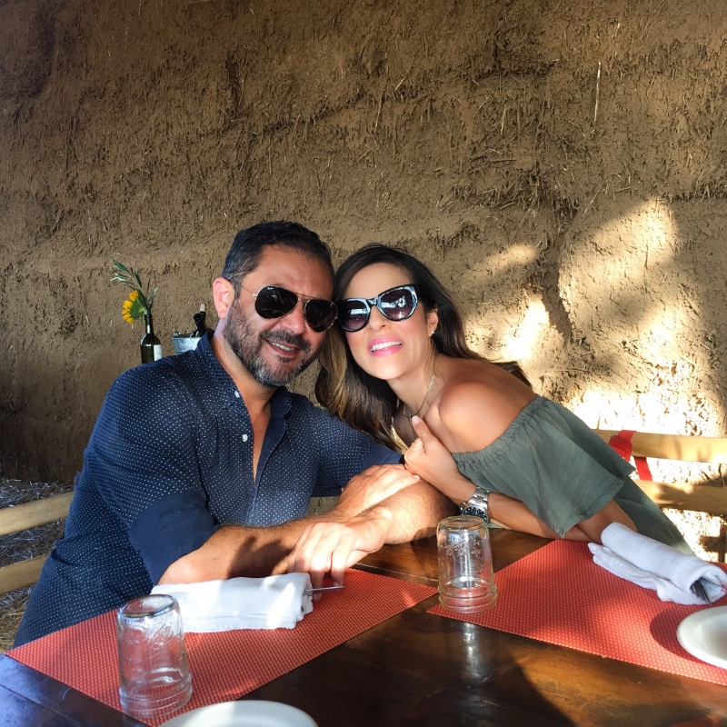 With my better half at    Deckman's En el Mogor  .  XO