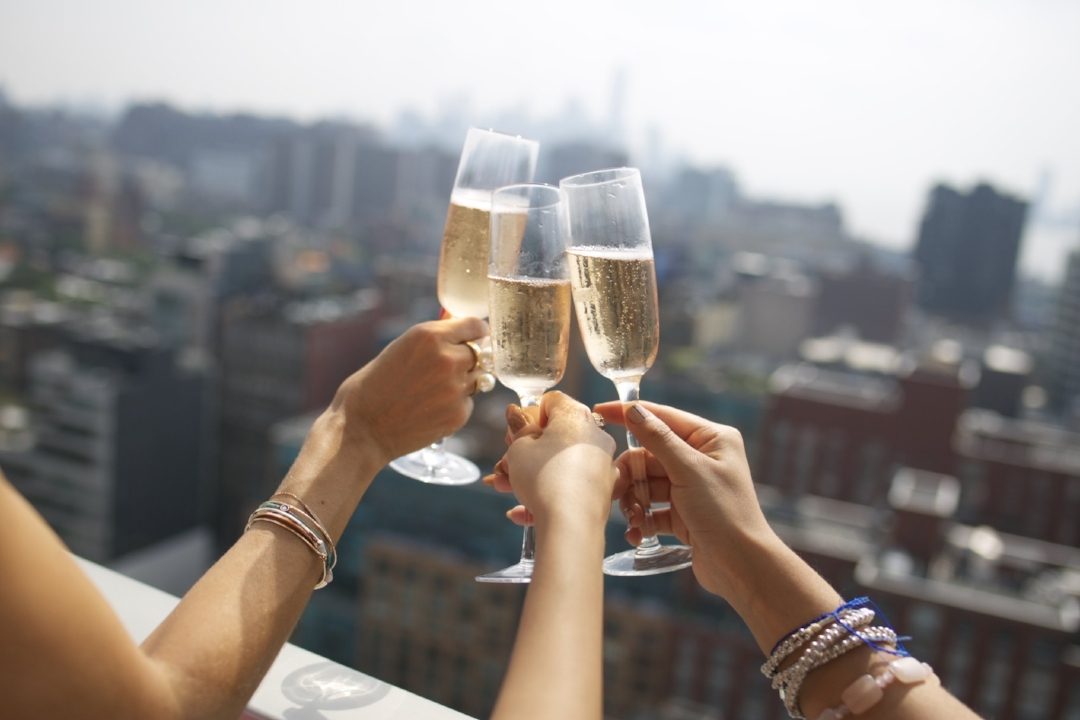 Cheers-Champagne-Rose-Events-Bloggers-NYFW.jpg