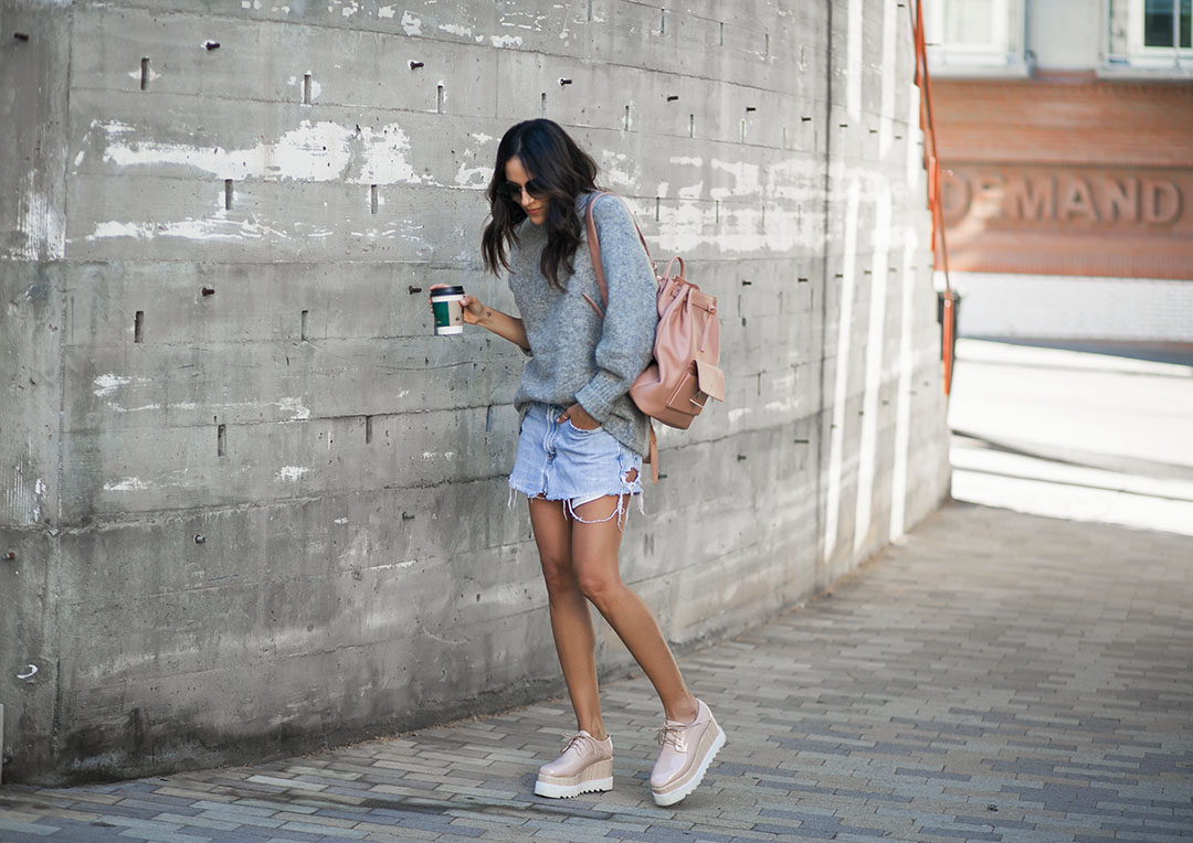 Esemble-Backpack-and-Streetstyle.jpg