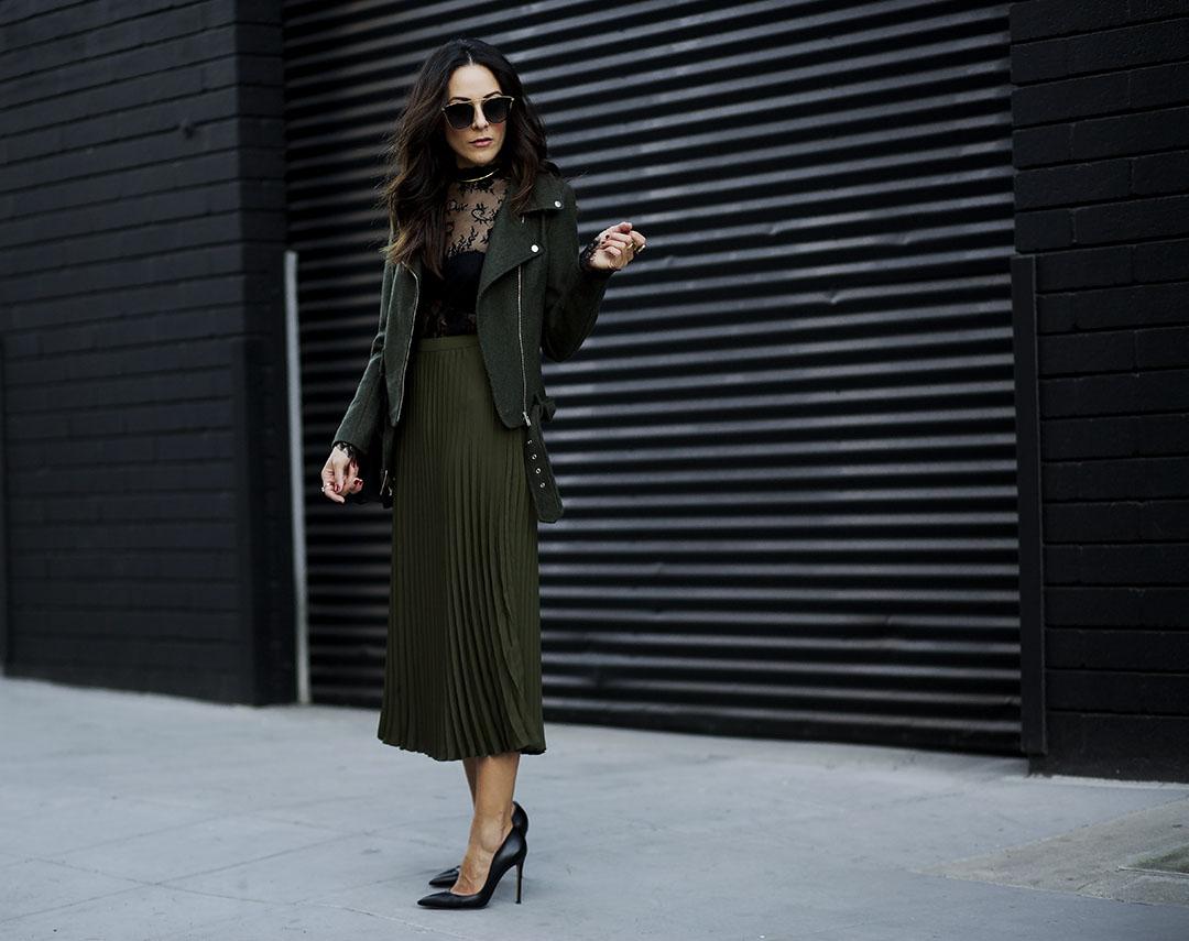 Holiday_Fashion_Army_Green_Coat_Azzurra_Capri_Boutique.jpg