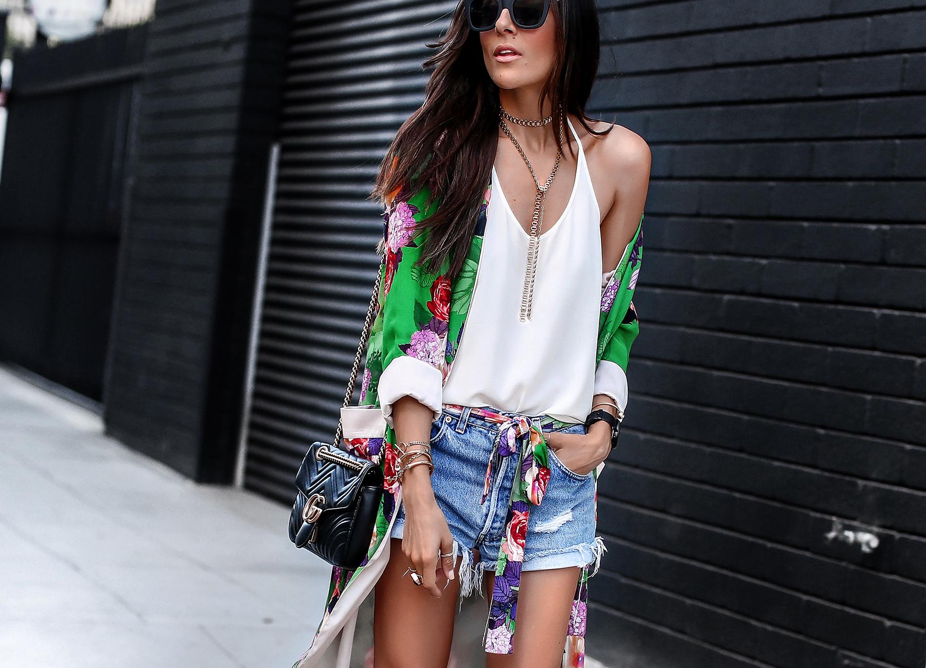 Kimono with Levis shorts gucci marmont bag.jpg