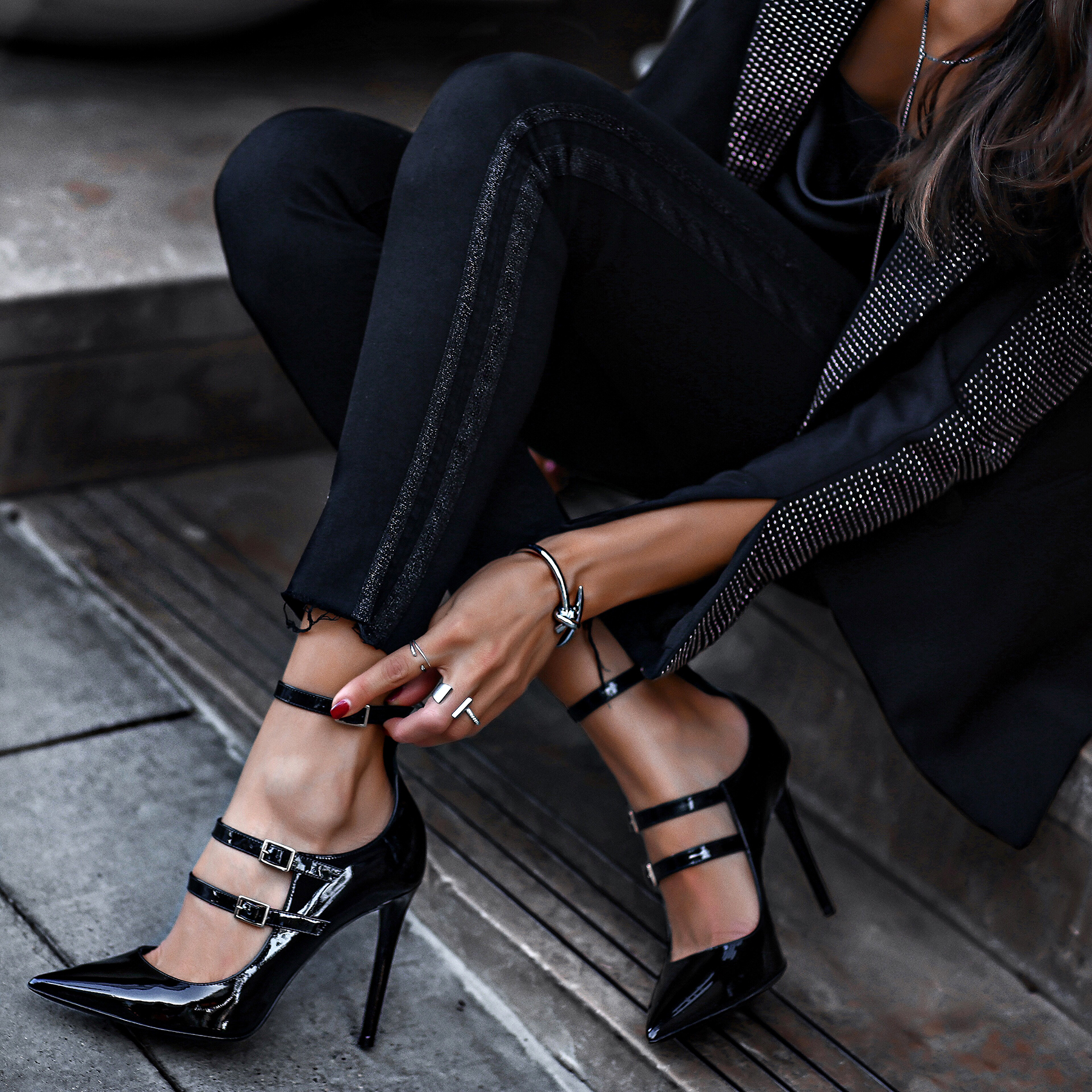H&M Studded Blazer Holiday Look Mother Denimm Jeans Silver jewelry Tamara Mellon Pistol Patent Pumps.jpg