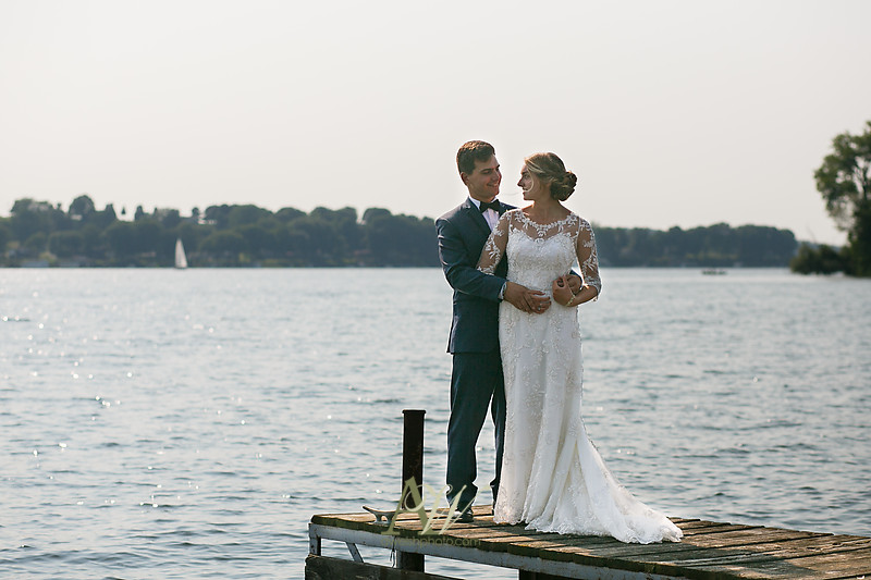 laura-mitchell-outdoor-sodus-rochester-ny-wedding-photographer17