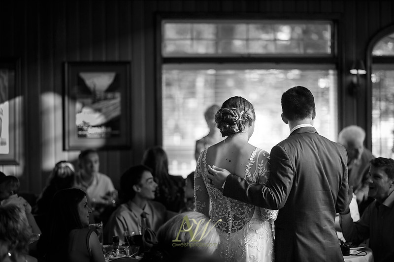 laura-mitchell-outdoor-sodus-rochester-ny-wedding-photographer19
