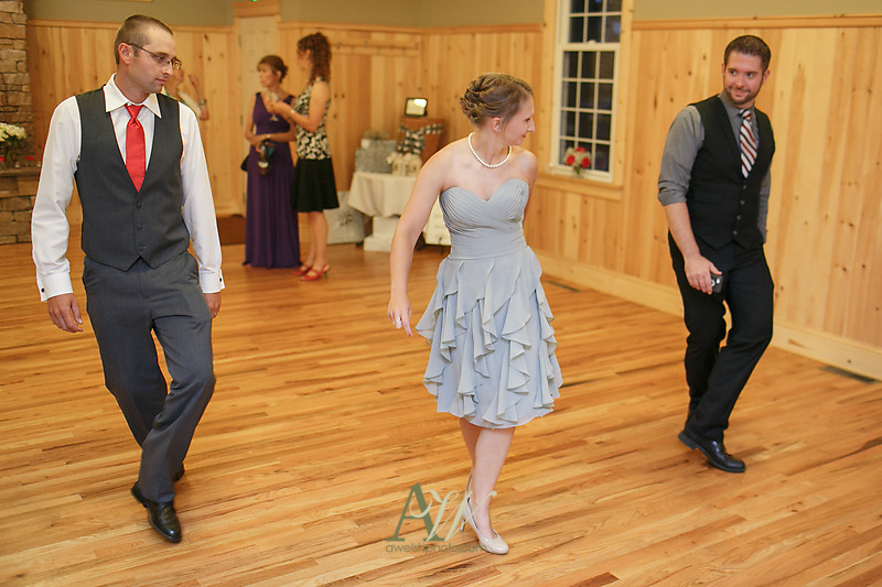 colby-kevin-wedding-photographer-rochester-ny45-dancing