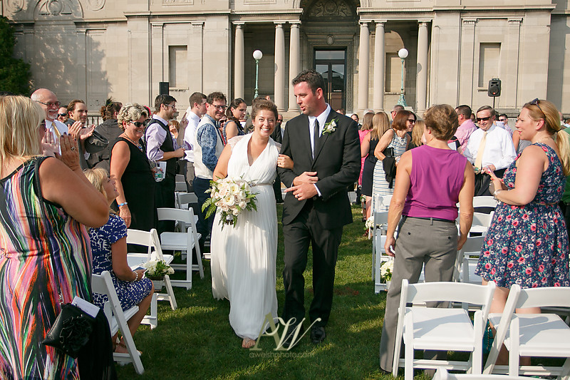 gina-tommy-rochester-memorial-art-gallery-wedding-photography23