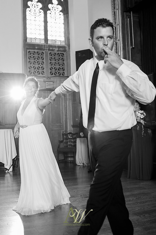 gina-tommy-rochester-memorial-art-gallery-wedding-photography34