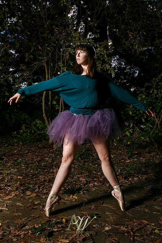 abbey-senior-portrait-photography-dancer-outdoors08