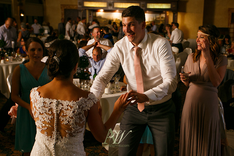 amanda-kellen-wedding-photographer-geneva-finger-lakes-ny36