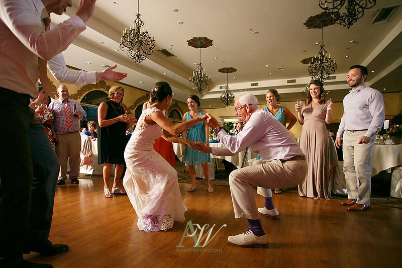 amanda-kellen-wedding-photographer-geneva-finger-lakes-ny37