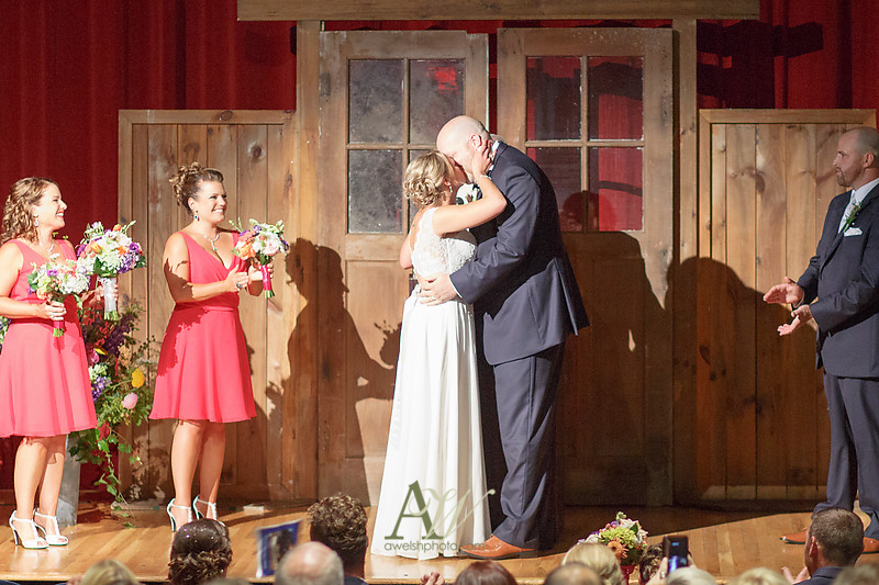 sarah-toby-little-theater-shadow-lake-rochester-ny-wedding-photos12