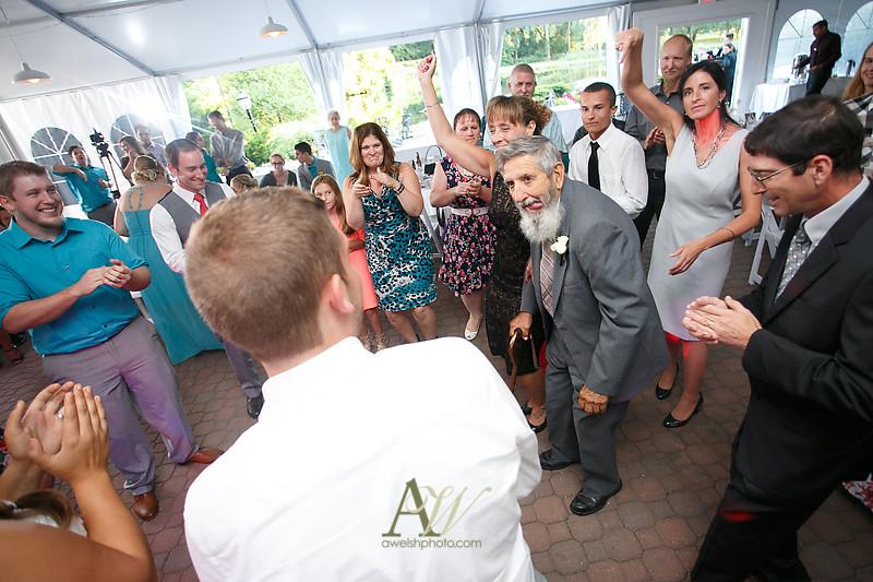 mandi-daniel-shadow-lake-rochester-ny-outdoor-wedding34