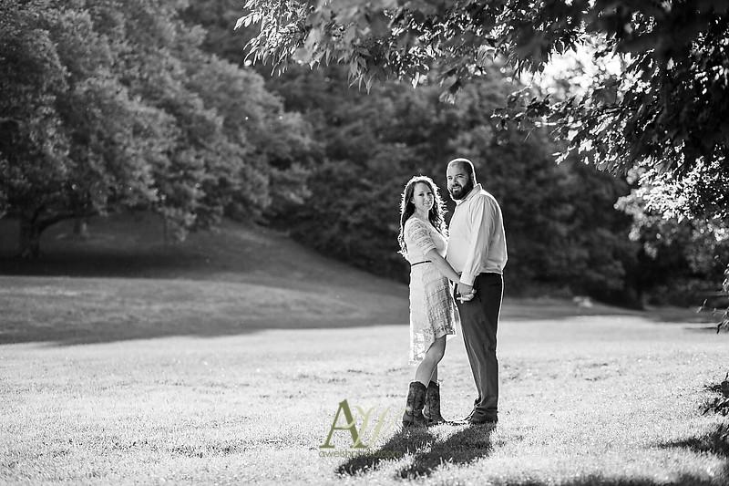 nicole-ryan-engagement-photos-outdoor-park-wedding-rochester05
