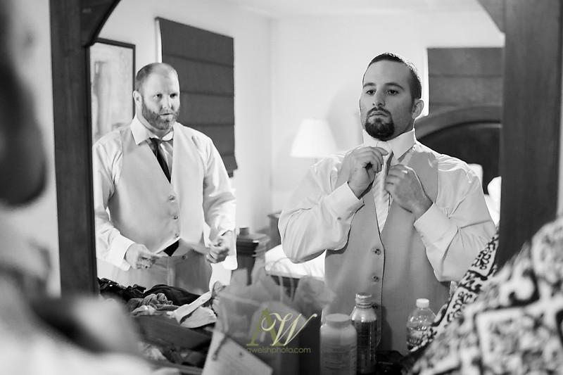 Alyssa-Sam-Geneva-NY-Belhurst-Wedding-Photos01