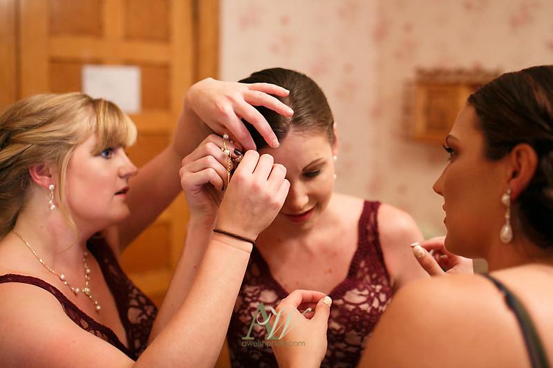 Alyssa-Sam-Geneva-NY-Belhurst-Wedding-Photos04