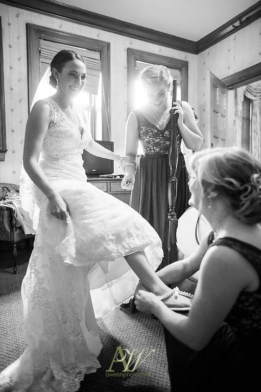 Alyssa-Sam-Geneva-NY-Belhurst-Wedding-Photos09