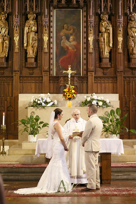 Alyssa-Sam-Geneva-NY-Belhurst-Wedding-Photos16